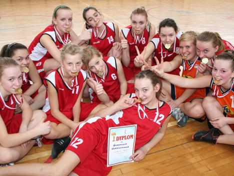 W koszykówce rządzą dziewczęta z Władysławowa
