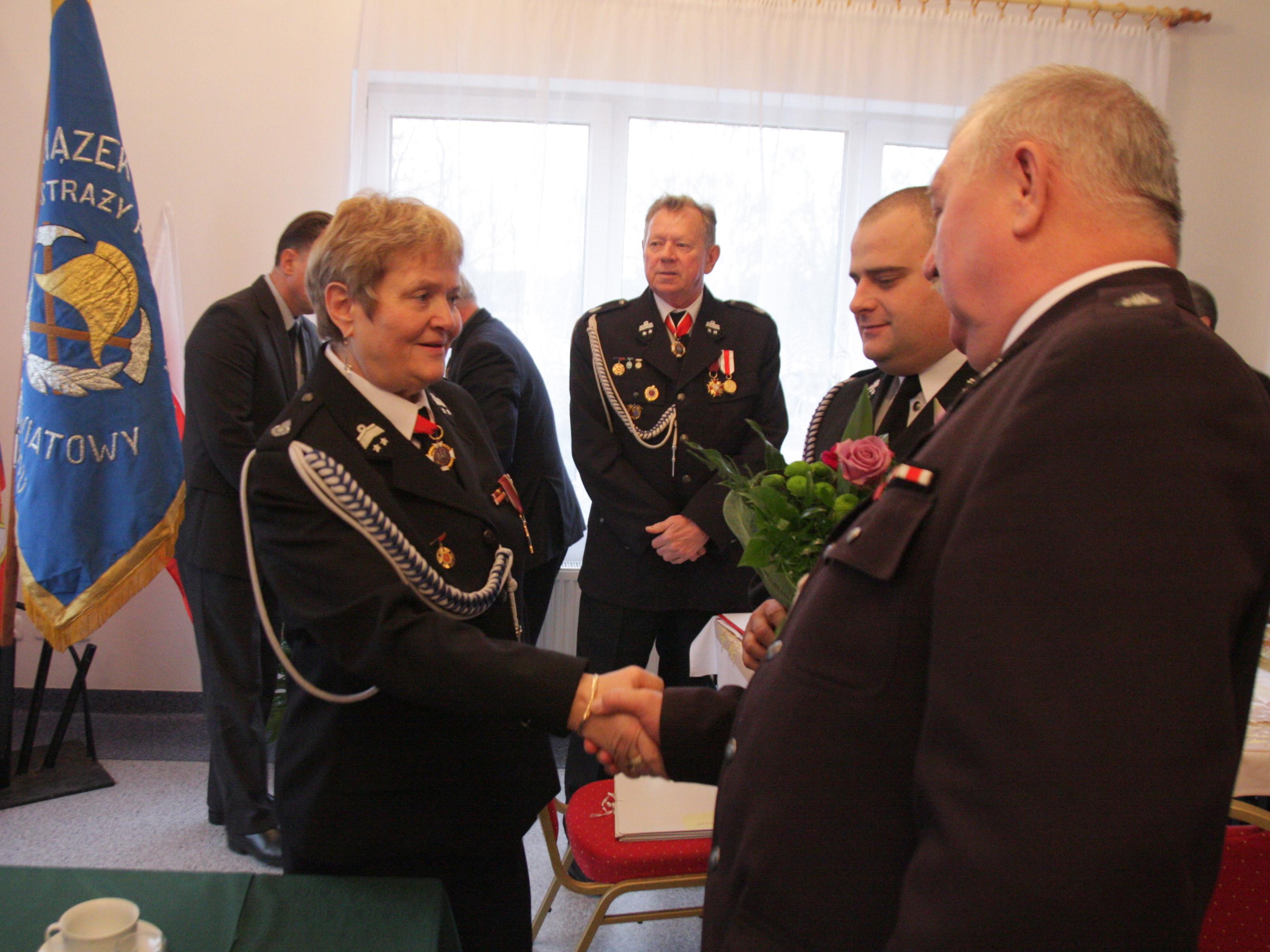Halina Hirt dalej prezesem strażaków