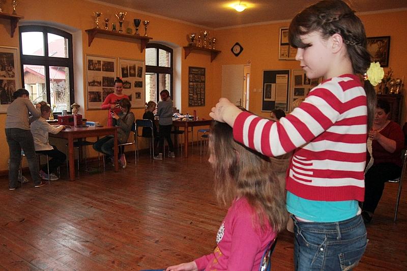 Zagłosuj na młode fryzjerki ze Swarzewa